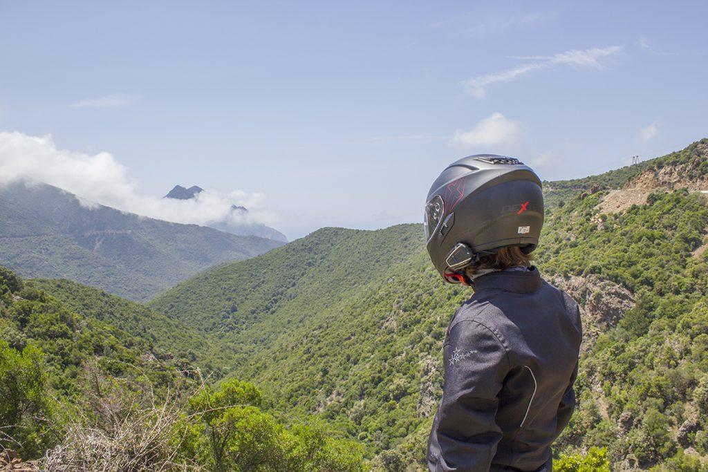 Entre Bastia et Ota-Poto à moto